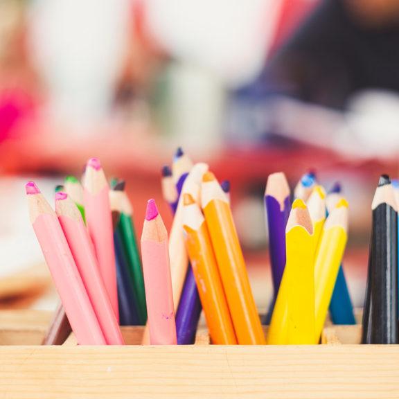 assorted-color-color-pencils